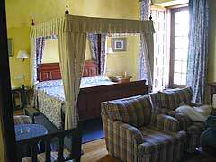Parador room in Zamora